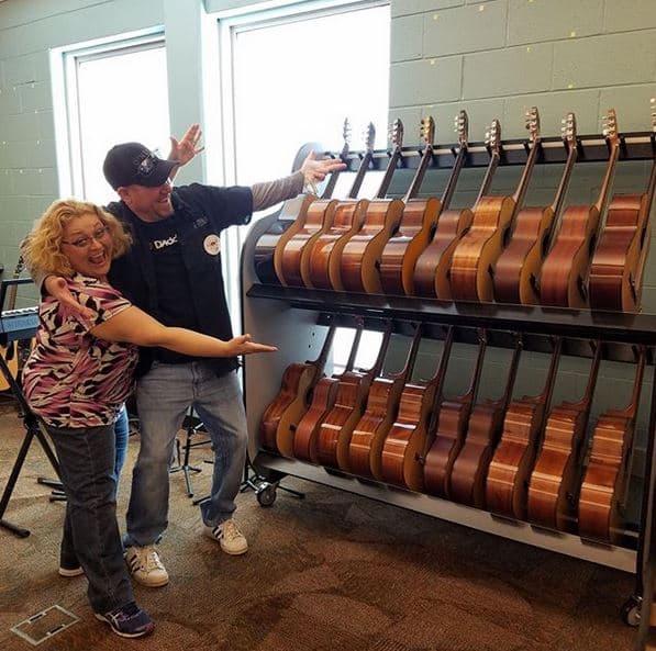 guitar storage for music teachers